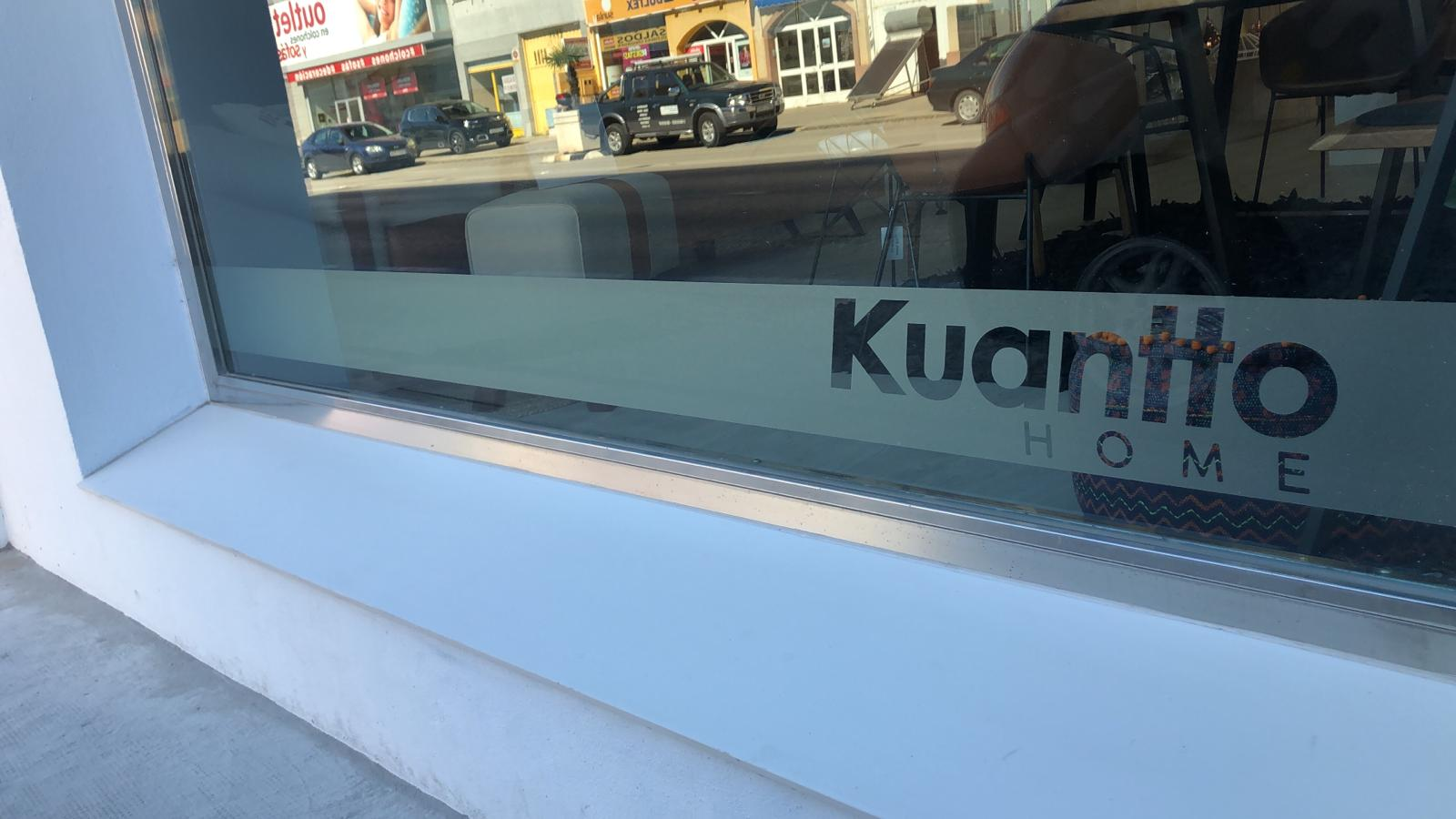 Vinilo ácido de Kuantto home para escaparate