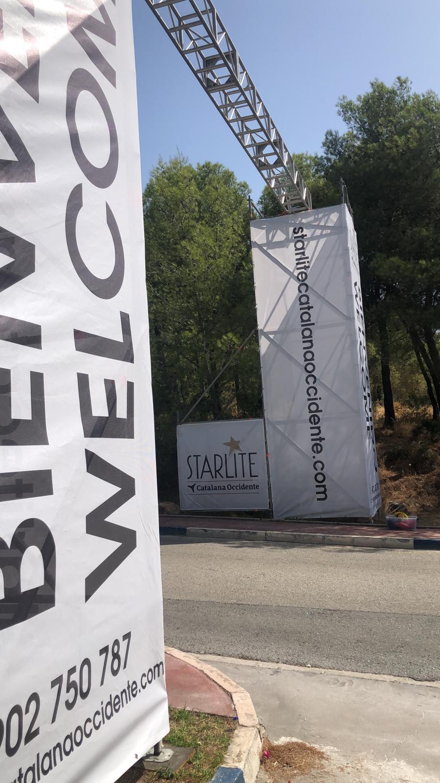 Torre de entrada coches para festival Starlite